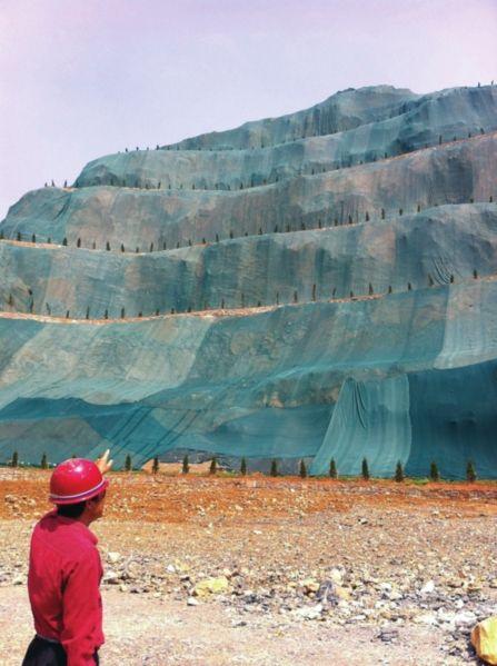 """安庆集贤关被炸""""毁容""""的山体将披绿装。"""