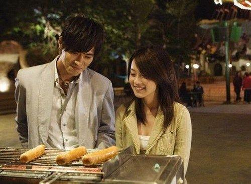 周渝民和喻虹渊2009年合作《痞子英雄》传出恋情