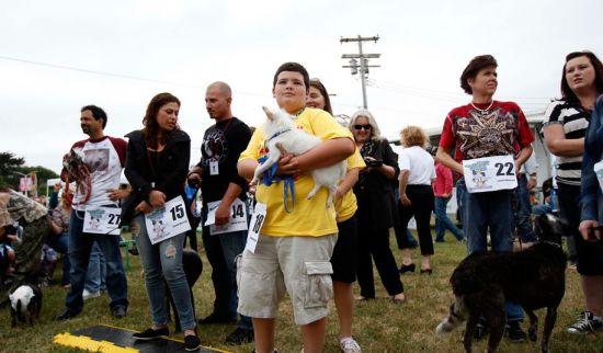 第24届世界最丑狗大赛举行