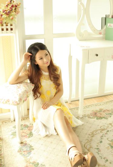 达人变星记花语系列连衣裙