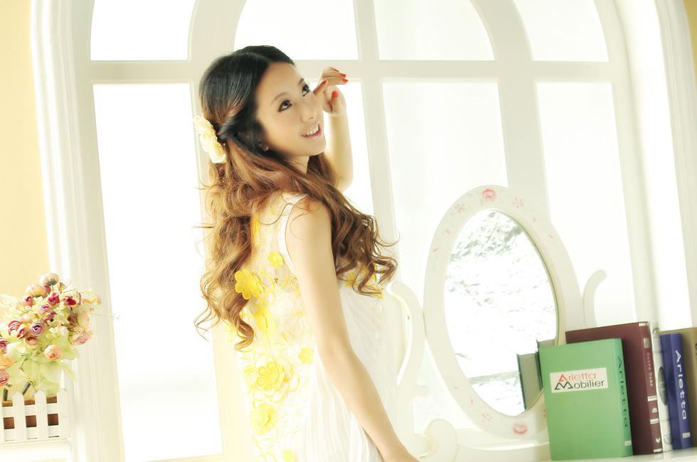 达人变星记:他们都说我像佟丽娅-花语白色连衣裙