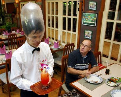 泰国惊现神奇的安全套餐馆