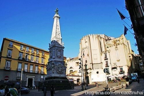 国家博物馆附近的圣多梅尼科马焦雷广场