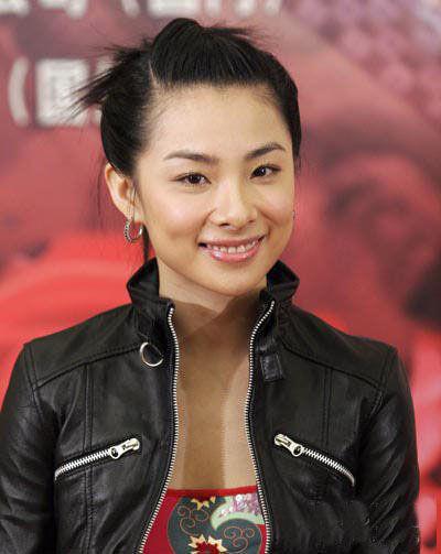 中国体操奥运冠军刘璇太 忙