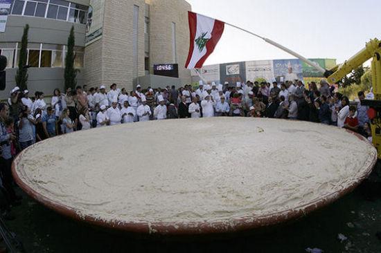10452公斤的鹰嘴豆泥