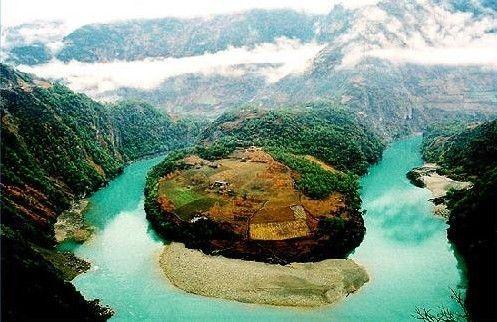 怒江美丽的江湾