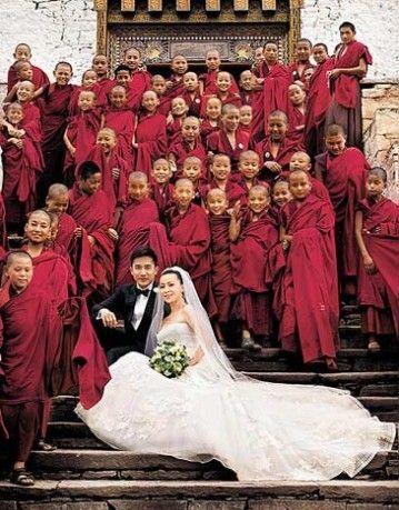 刘嘉玲梁朝伟在不丹的结婚照