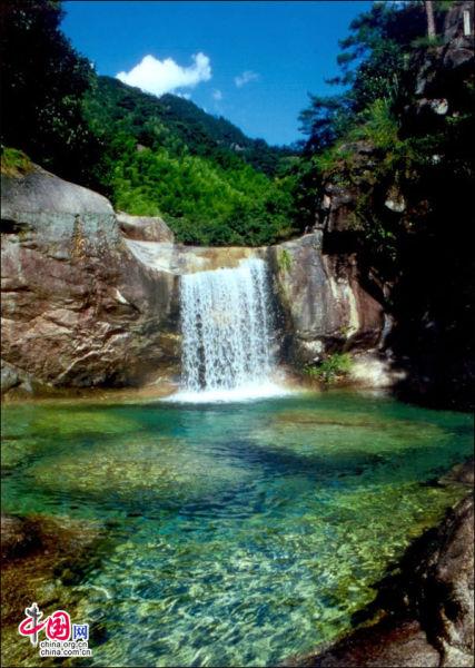 黄山翡翠谷,被旖旎的风景推入爱河。