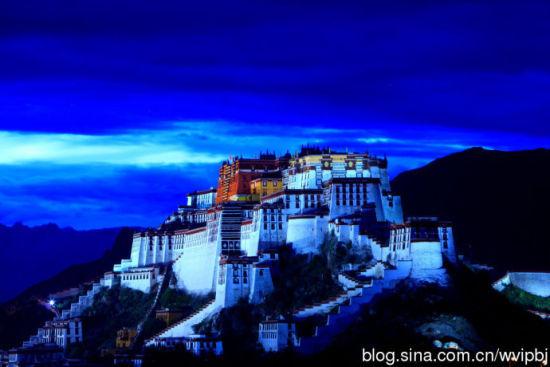 布达拉宫 摄影:人间天堂