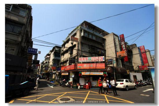 忠孝东路,这边的日韩料理非常多啊