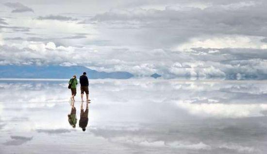 玻利维亚的乌尤尼盐湖