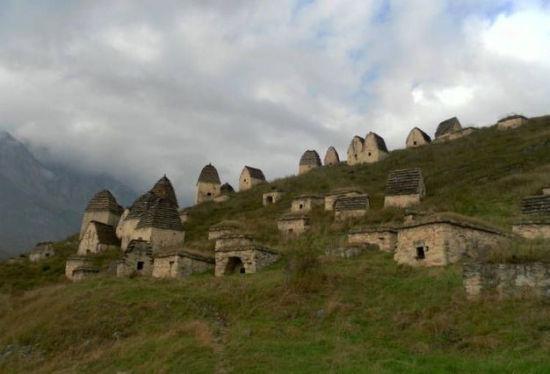 俄罗斯Dargavs村,又被称为死城