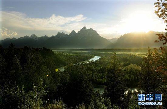 美国国家公园保护性的开发更多保持了自然景色的原貌