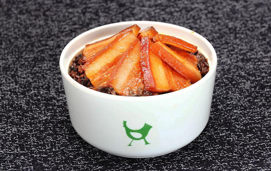老乡鸡:梅菜扣肉