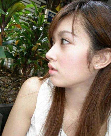 泰国变性美女poy素颜清纯无比