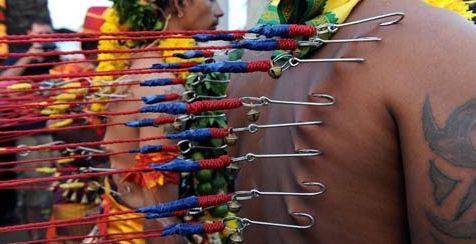 印度教铁钩穿肉