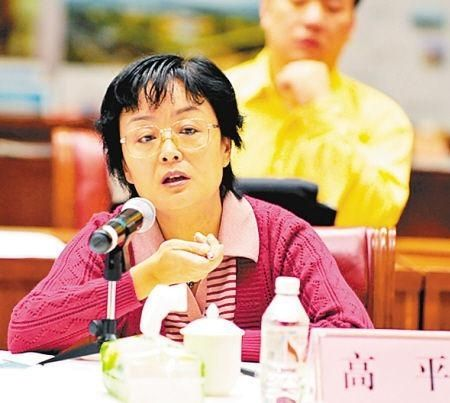 广西女官员索贿不办事 被行贿人举报获刑12年