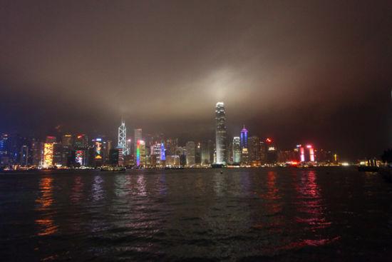 新浪旅游配图:维港夜景 摄影: 丁一一一