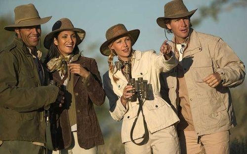 肯尼亚:外国游客在禁猎区受束缚