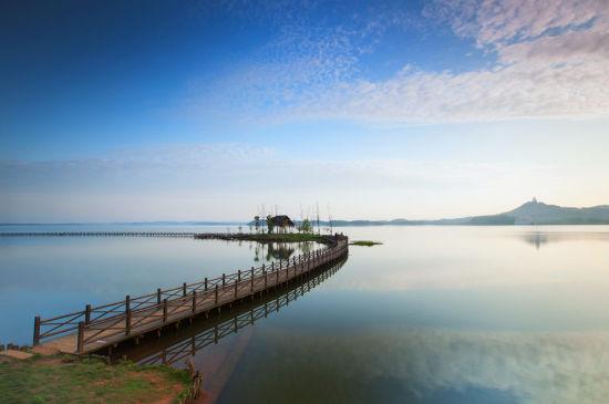 胜似西湖的美景