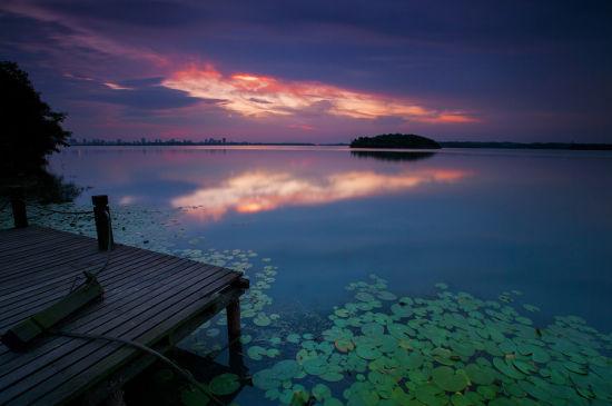 平天湖的火烧云