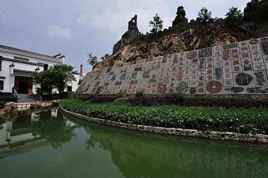 位于安慶太湖