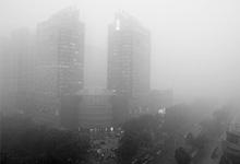 面对雾霾,政府只能袖手旁观?