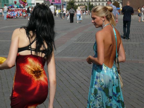 街头的俄罗斯美女
