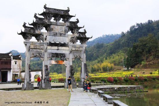 胡文光刺史坊——西递古村落最鲜明的标志