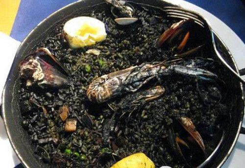 墨汁海鲜饭