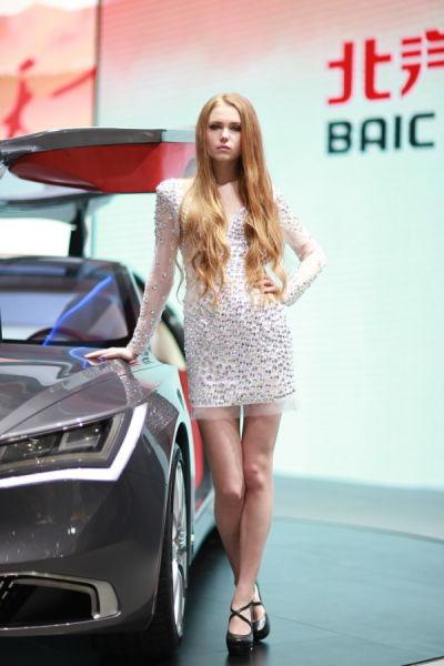 国内车展上的外国车模
