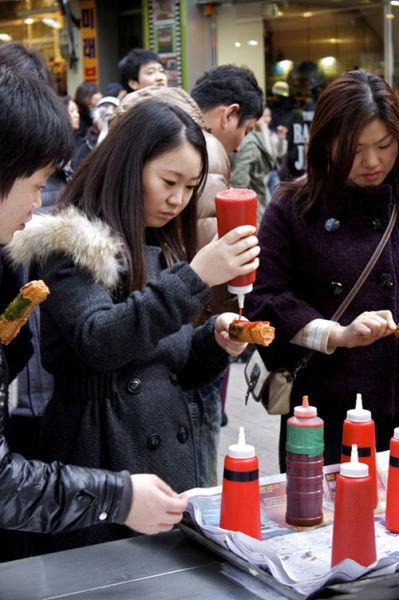 Myeong-dong 热狗店