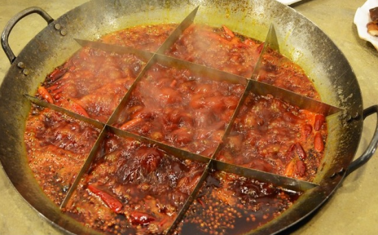 麻辣奶奶土灶火锅