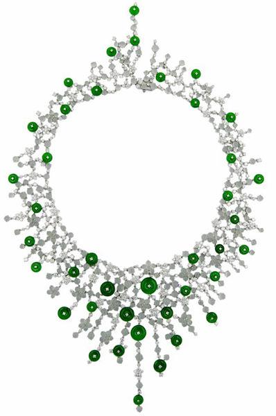 白色18K金翡翠钻石项链 (零售价819,000元)