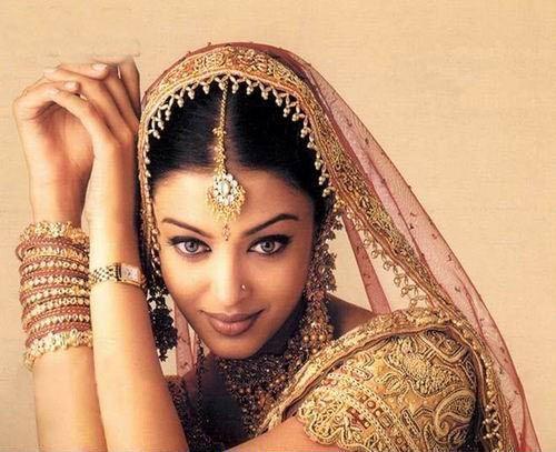 印度圣女习俗:贱民家庭女孩成高级僧侣性奴