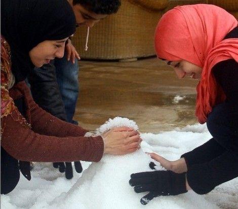 等了112年埃及终于下雪了