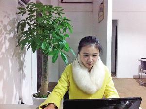 """网络红人""""冰粉妹妹""""在职场"""