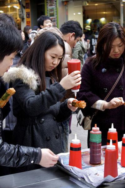 韩国首尔Myeong-dong 热狗店