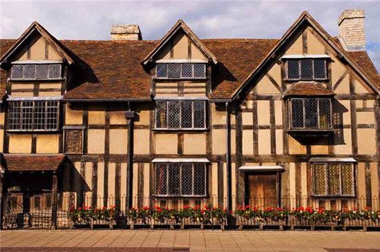 莎士比亚出生地——英国埃文河畔斯特拉特福亨利街