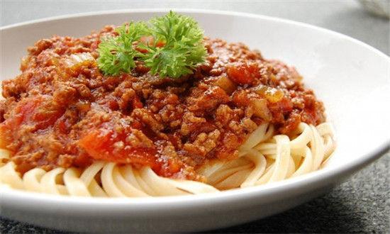 意式番茄酱细面条
