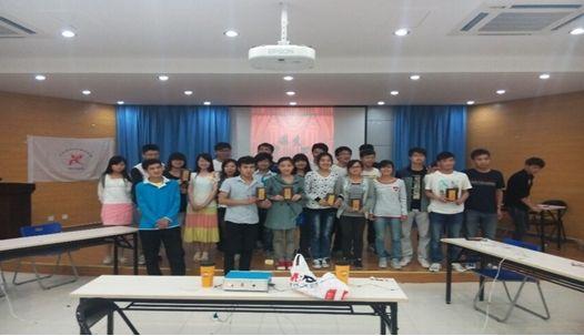比赛结束后同学们获得相应的荣誉了解了很多食品安全知识