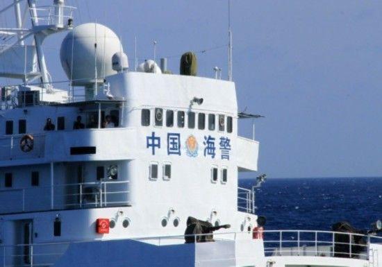 中国渔船护钻井平台