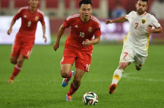 世界杯期间,亚洲球队的首场胜利。