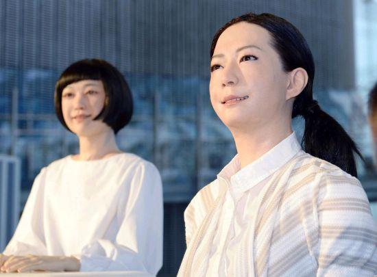 日本展出美女型机器人