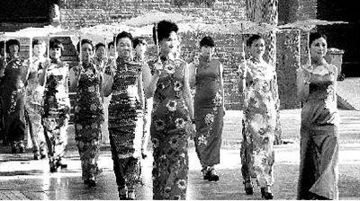 少林寺前作秀,亵渎传统文化。