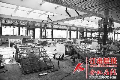 高铁南站的候车大厅已经初具规模
