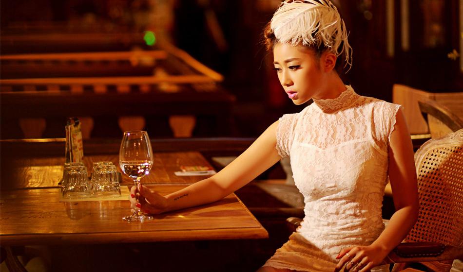 新浪安徽微潮人NO.51:酒吧的复古情怀