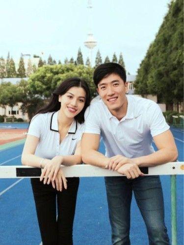 新浪娱乐讯 9月9日,刘翔神秘女友葛天曝光。据悉,葛天生于1990年12月25日,毕业于中央戏剧学院表演系,曾出演过电视剧《重案六组》《青春大爆炸》等。
