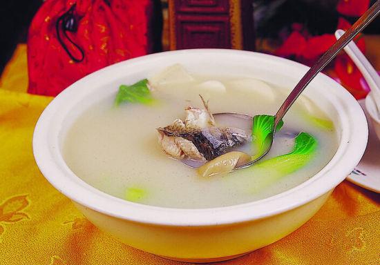 介绍去秋燥几款养生汤
