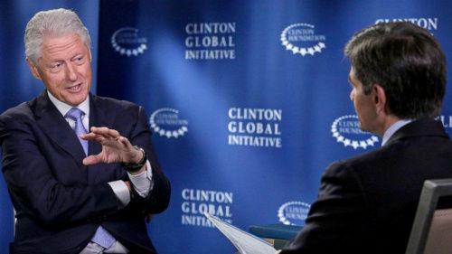 美国前总统克林顿接受美国媒体访问
